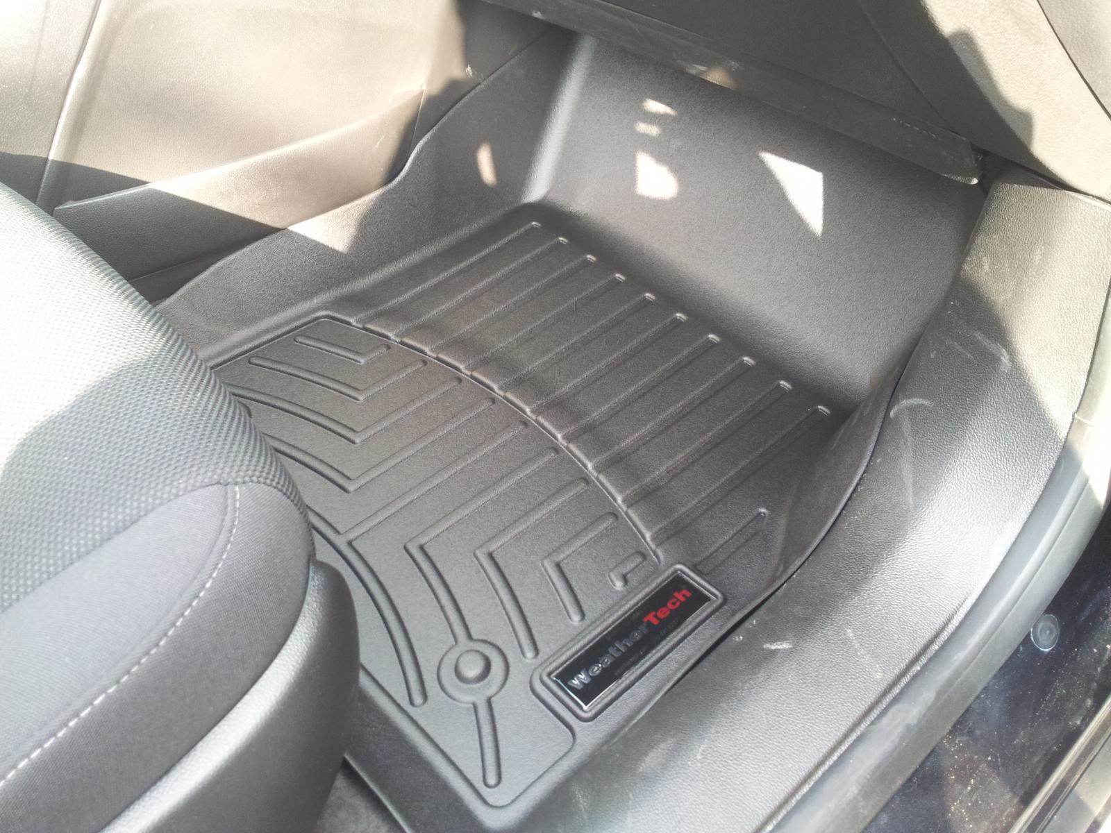 2012 Chevrolet Cruze ECO - Accessories