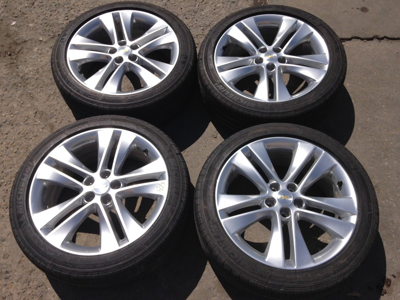 "18 Inch Rims >> Oem set of 18"" hyper silver finish rims"