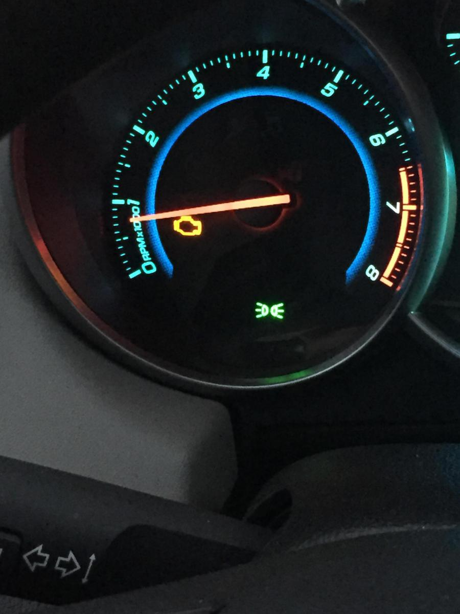 Chevrolet Cruze Owners Manual: Warning Lights, Gauges, and Indicator