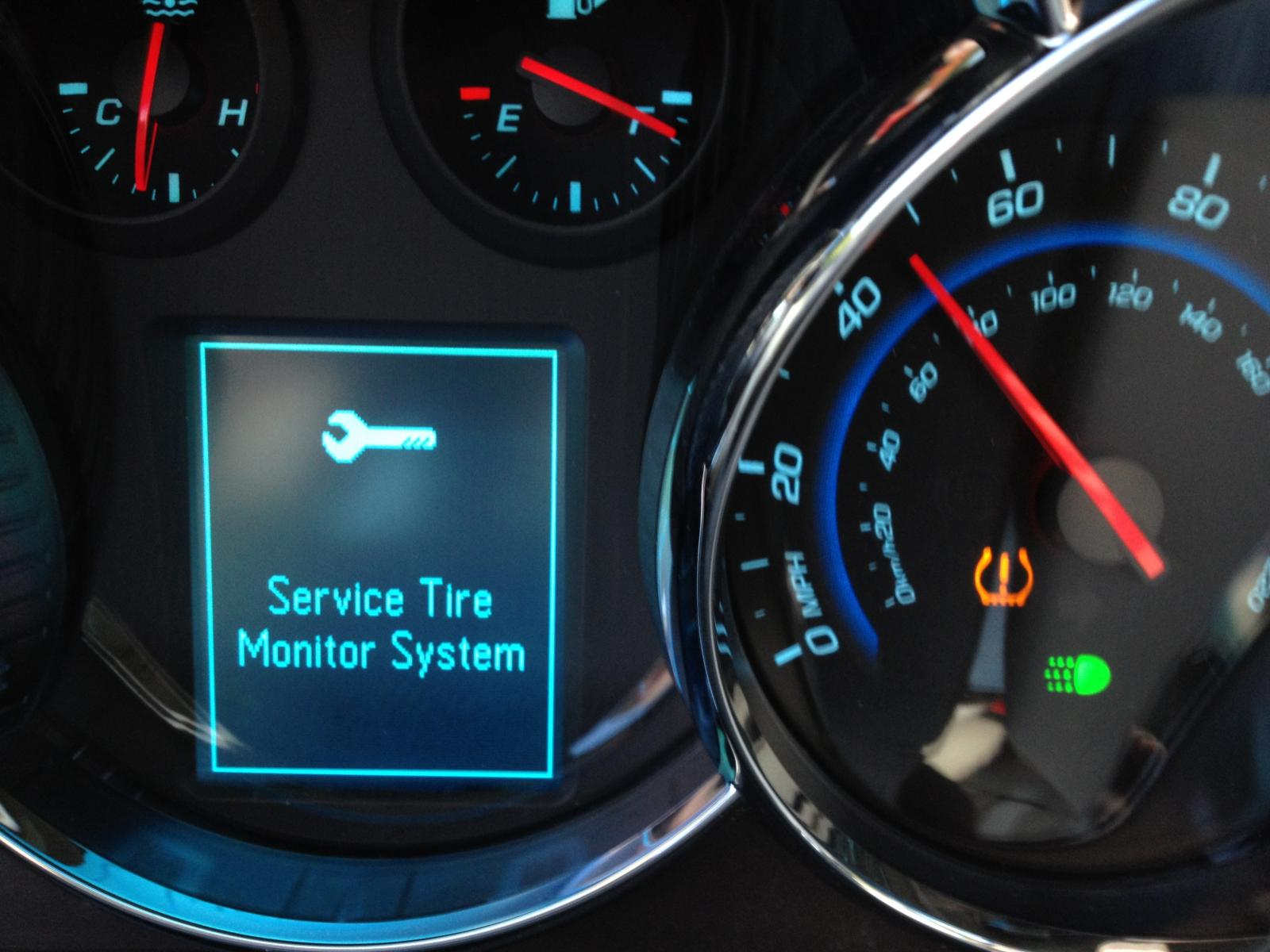 Chevy Cruze Tire Pressure >> Service Tire Monitor System Warning